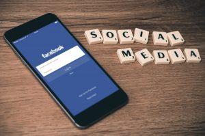 Social Media Mobbing